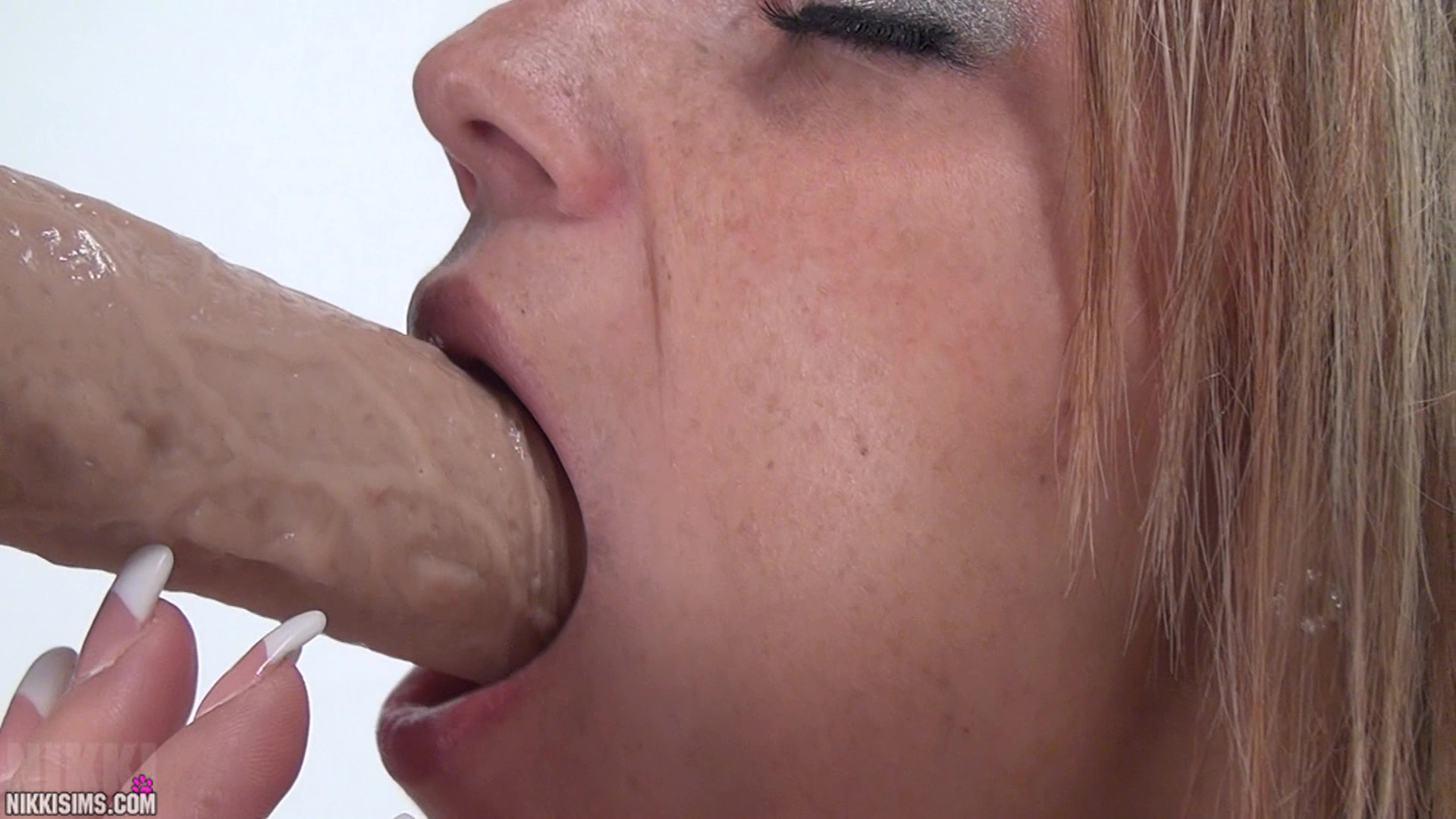 Cumming deep slow dildo attractively